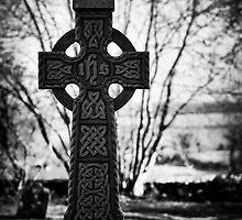 tara cross by Michelle McMahon