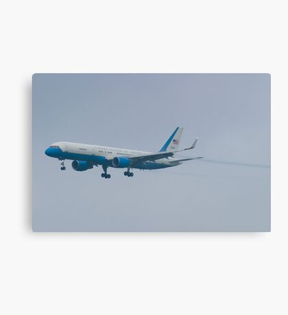 Side Shot 90003 Air Force Two Boeing VC-32A 757-2G4 On Approach Canvas Print