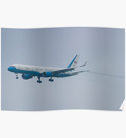 Side Shot 90003 Air Force Two Boeing VC-32A 757-2G4 On Approach Poster