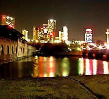 Niagara's Nights by Jonny  McKinnon
