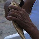 Carving hands - Manos esculpiendas, Puerto Vallarta, Mexico by PtoVallartaMex