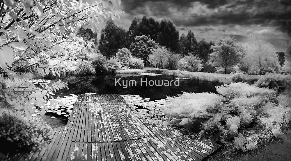 Pontoon by Kym Howard