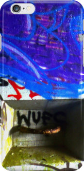 NYC Graffiti 1 iphone case 5 by andytechie