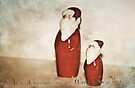 Santa Duo by Denise Abé