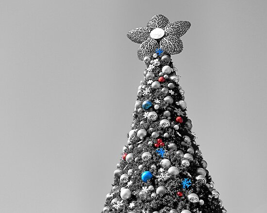 Christmas Tree by rosaliemcm