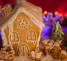 Gingerbread house by Vilma Bechelli