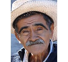 Old proud man - Hombre viejo y orgulloso Photographic Print