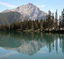 Cascade mountain by miltong