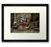 City - Pittsburg, PA - Wiener World Framed Print