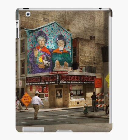 City - Pittsburg, PA - Wiener World iPad Case/Skin