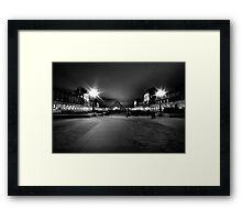 Minuit à Paris Framed Print