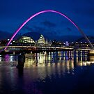 Gateshead Millennium Bridge, Newcastle by Sandra Cockayne