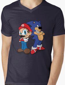 Maronic Mens V-Neck T-Shirt