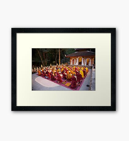 Evening chanting, Wat Palad, Chiang Mai, Thaiiand Framed Print