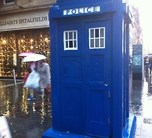 The Tardis on  Buchanan Street by Erik McCall