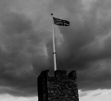 Storm Brewing Rochester Castle by tunna