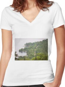 Lakeside Road Women's Fitted V-Neck T-Shirt
