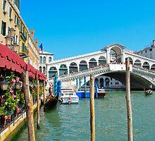 Rialto Bridge - Venice by davefozz