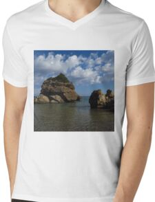 Rock Formation, Porto Zorro Mens V-Neck T-Shirt