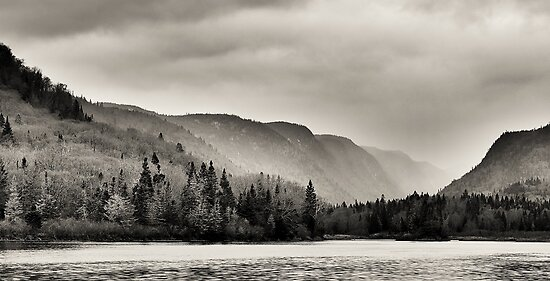 Rain in the Jacques-Cartier River Valley by EdgarAndre