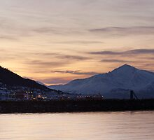 Morning Light over Tromsdalen by kernuak