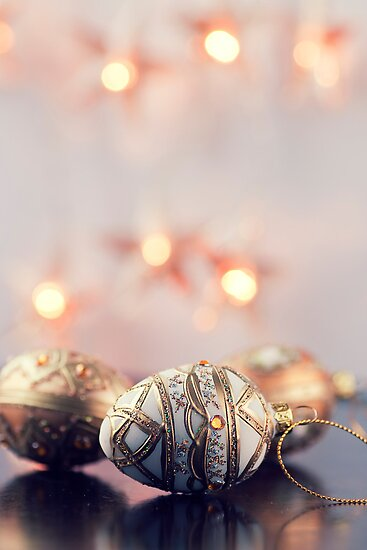 Gold Christmas Decoration by mariakallin