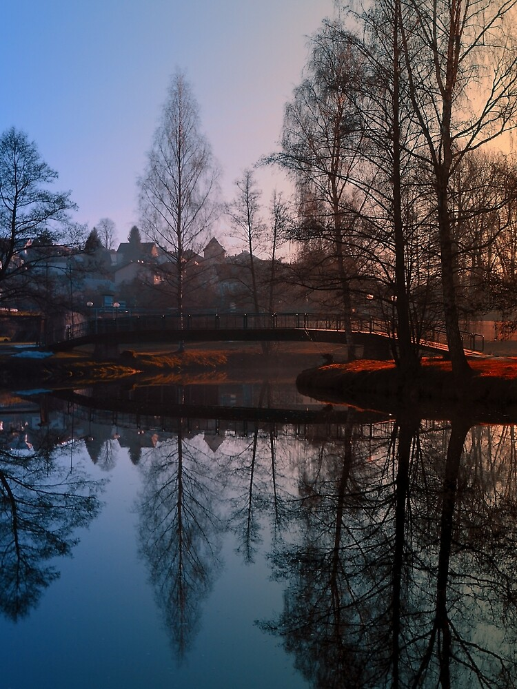 A bridge, the river and reflections III | waterscape photography by Patrick Jobst