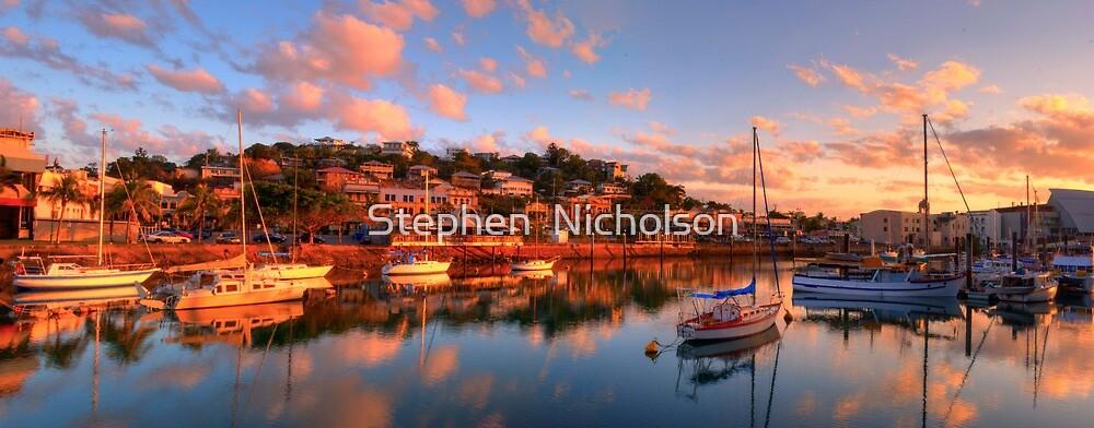 Ross creek Townsville by Stephen  Nicholson