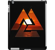 sunset triangles wow iPad Case/Skin