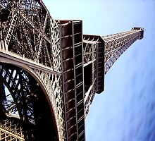 Eiffel Tower by Melissa Blowers