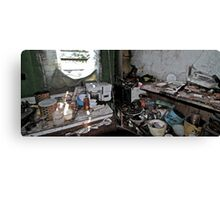 abandon kitchen Canvas Print