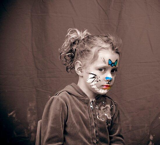 Isabelle with Facepaint by Samantha Van Stralendorff