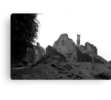 Castle ruins in England Canvas Print