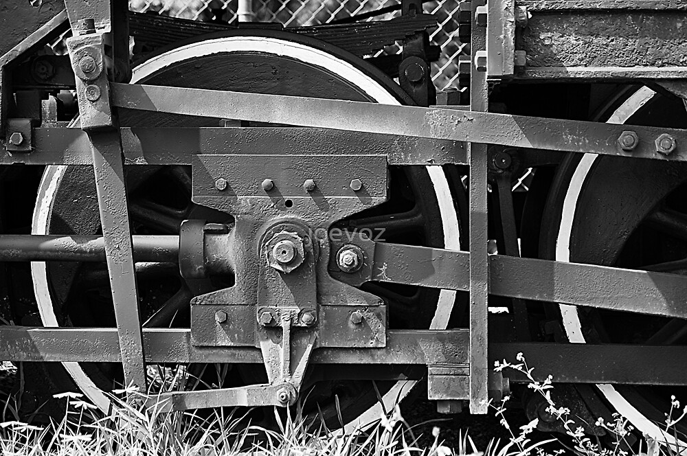 Train Wheel 2 by joevoz