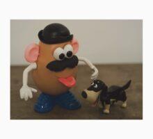 Mr Potato Head and his doggy  Kids Tee