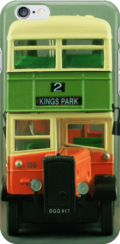 Kings Park Number 2 Bus by Kezzarama