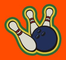 Bowling ball with bowling pins Kids Tee