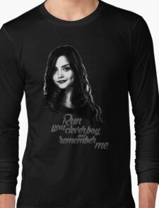 Clara Oswald/Run... Long Sleeve T-Shirt