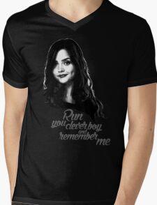 Clara Oswald/Run... Mens V-Neck T-Shirt
