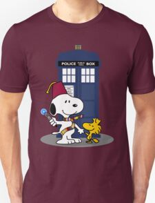 Snoopy Who. T-Shirt
