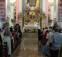 High mass before the processions - Misa antes de las procesiónes by Bernhard Matejka