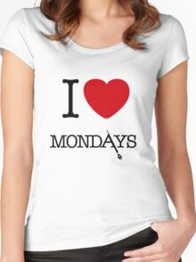 I Love Mondays- Castle Women's Fitted Scoop T-Shirt