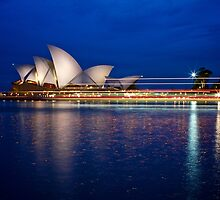 Sydney Opera House by Distan