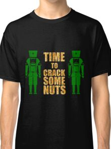 CRACKING NUTS Classic T-Shirt