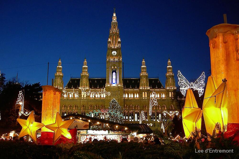 Christkindlmarkt - Christmas Market. by Lee d'Entremont