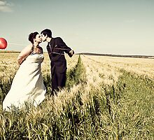 Barley Fields Wedding Photos, South Australia  : Renee & Cameron by JimFilmer