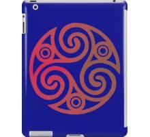 Triskele 01 iPad Case/Skin