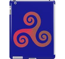 Triskele 02 iPad Case/Skin
