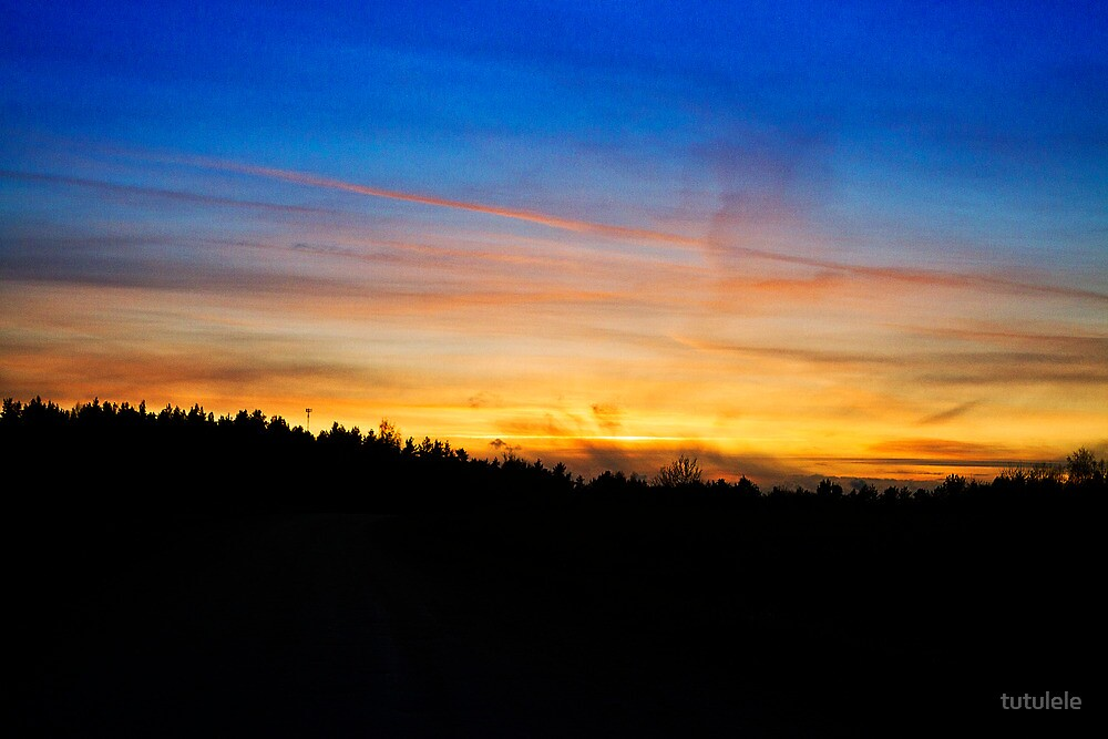 Skies over Hiiumaa by tutulele