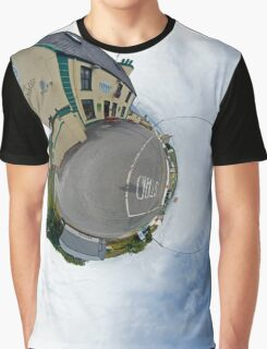 Biddy's House - the Crossroads Pub, Glencolmcille(Sky Out) Graphic T-Shirt